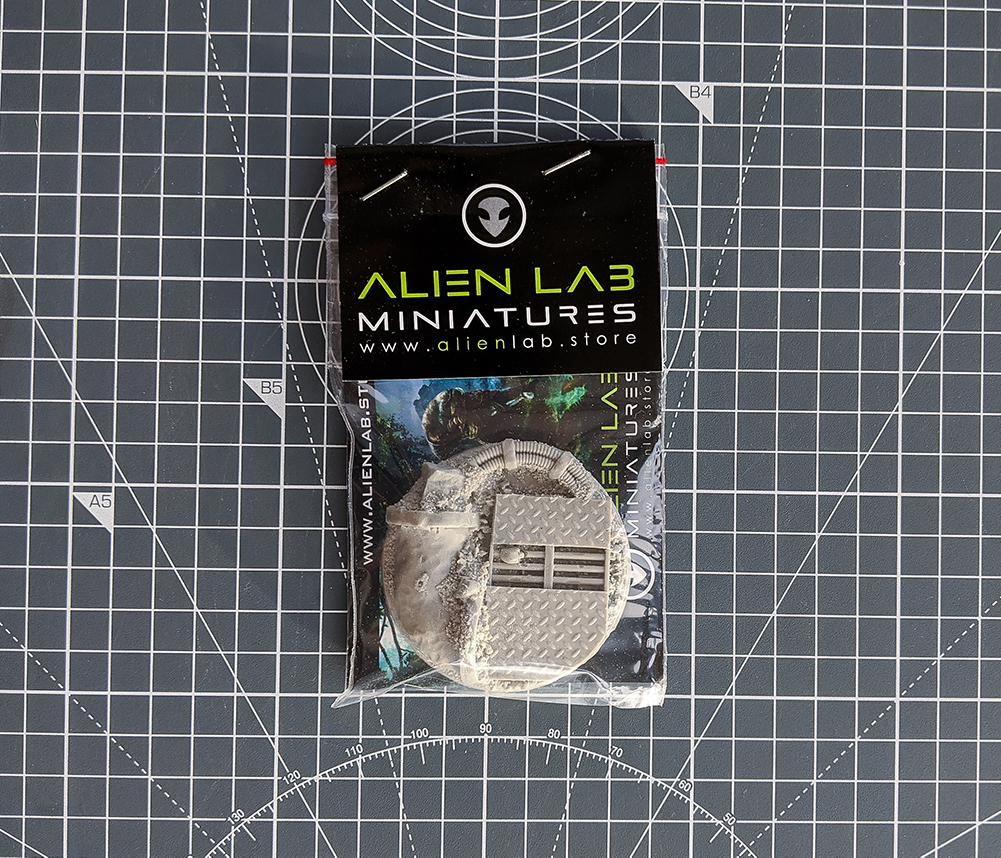 asset drop villains box alien lab miniatures